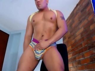 Disfruta de chats de sexo en directo MatthewCole de Xlovecam - 24 años -