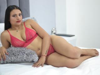NicoleBakerr nude on cam
