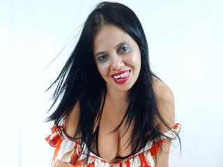 OlivaFoxy nude on cam