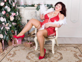 Voir le liveshow de  BerryChic de Xlovecam - 49 ans - Mature hot lesbian. I am a woman of experience. I know exactly what I want and how to get it. I  ...