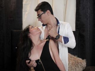 Watch saraandjak Live Sex Cam!