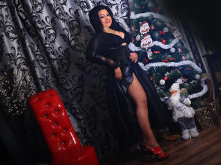Voir le liveshow de  TotallyHornyForU de Xlovecam - 36 ans - I'm Mindy, welcome in my room. Let's play together, try me and have fun.