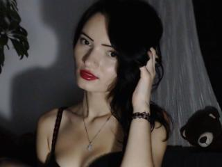 Voir le liveshow de  MissVanesa de Xlovecam - 21 ans - Hello Im Alone Girl and im looking for some fun and new FRIENDS